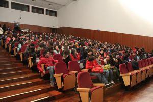 b_300_200_16777215_00_images_Ano_letivo_15-16_Actividades_Cina_Junior_04.jpg